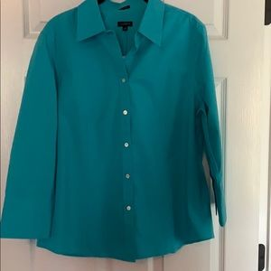 Talbots wrinkle resistant fitted blouse